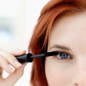 beauty trends hair and makeup tips marie claire 17 best images about redhead makeup on pinterest makeup
