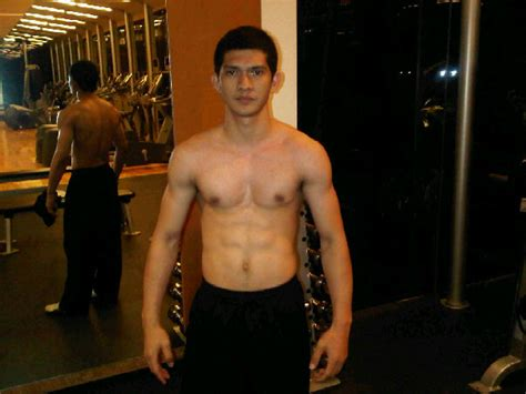 film iko uwais terbaru iko uwais photo and profil trik bisnis download