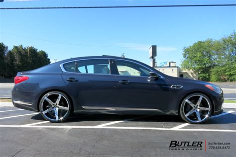 kia k900 with 22in lexani invictus wheels exclusively from