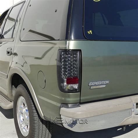 2002 ford excursion tail lights 1997 2002 ford expedition led smoked tail light