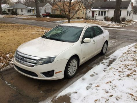 Great Mileage Cars by 2010 Ford Fusion Hybrid White Car Of The Year Sweet Deal