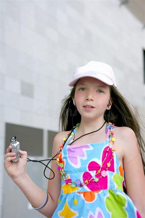 12chan girls brunette teen little girl dancing mp3 stock photo image