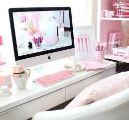 pink desk best 25 pink desk ideas on pink home offices