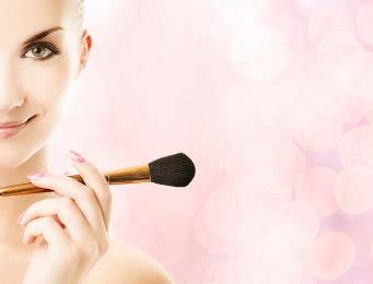 Make Up Yang Terjangkau cara membersihkan kuas make up yang benar