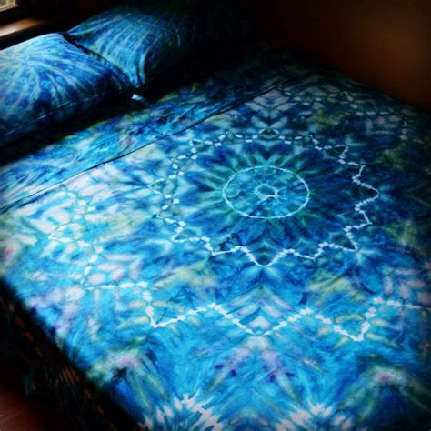 psychedelic bedding 26 best images about tie dye bed sheets on pinterest