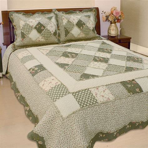 Patchwork Comforters - country charm patchwork quilt bedding