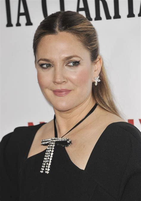 drew barrymore drew barrymore at santa clarita diet premiere in los
