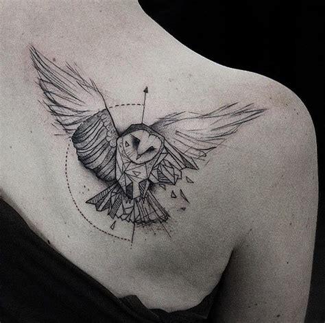 geometric tattoo znaczenie 25 best ideas about geometric owl tattoo on pinterest