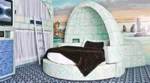 Chandelier Edmonton 6 Cool Kid Themed Hotel Rooms What To Expect