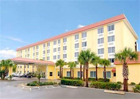 comfort inn st petersburg st petersburg hotel comfort inn st petersburg