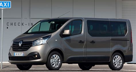 renault trafic 9 passenger van new renault trafic and master passenger vans available