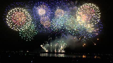 disney extravaganza for honda celebration of light honda celebration of light fireworks august 2 2014