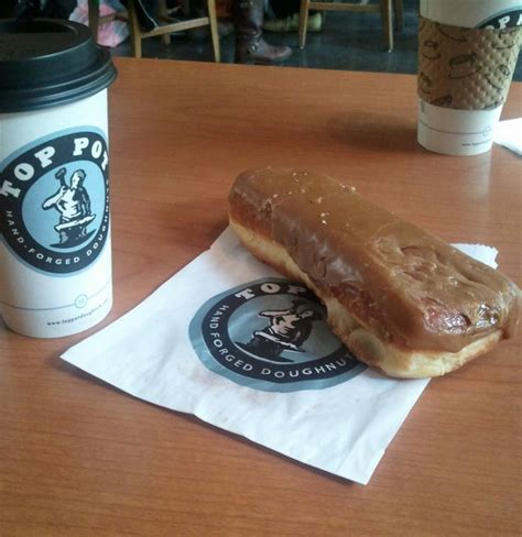 maple bar coffee at top pot doughnuts seattle pinterest