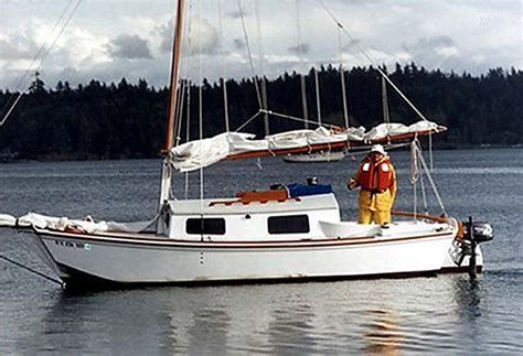 scow boat designs lichen devlin designing boat builders