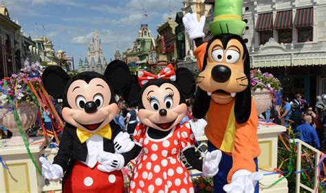 disney world uk disneyworld florida holidaymakers outraged by ticket