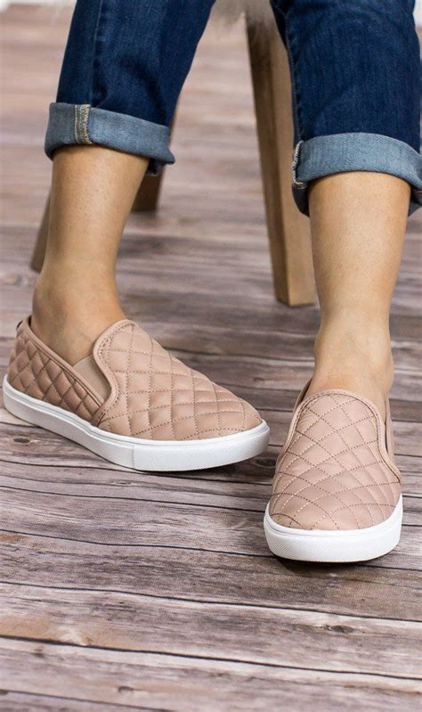 best slip on shoes best 25 slip on sneakers ideas on slip on