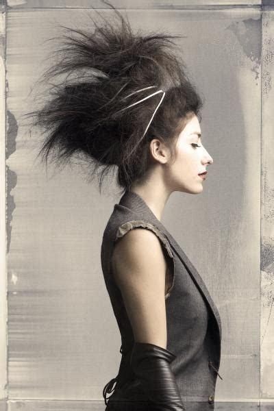 zombie hairstyles for long hair crazy updo for zombie night long hair styles pinterest