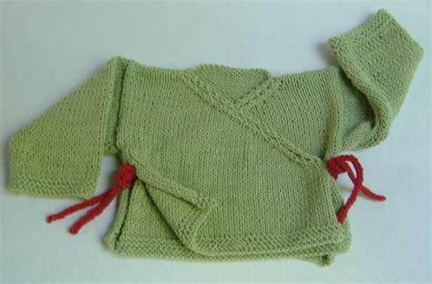 free knitting pattern newborn kimono 10 regali di natale velocissimi da fare a maglia o all