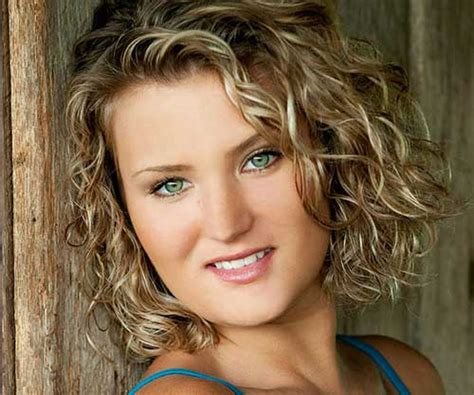 hairstyles for fine thin wavy hair for women over 45 40 best short curly hairstyles for women short