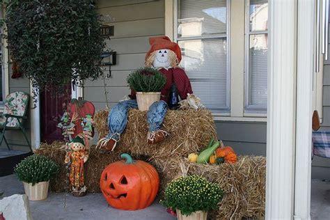 Scarecrow Garden Decor Autumn Decorating Ideas You Will Enjoy