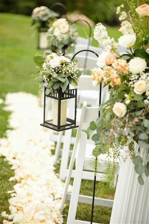 Wedding Aisle With Lanterns by 17 Best Images About Ceremony Decor On