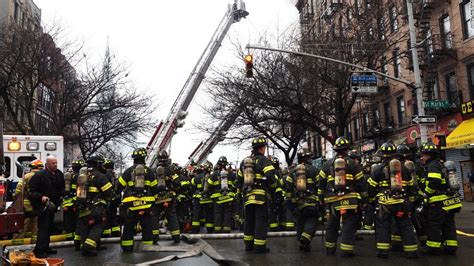 The Vire Of The East 08 explosion rocks new york city building collapses cnn