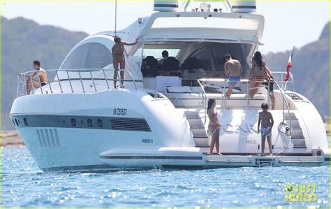 imajenes del yate de cristiano rronaldo full sized photo of cristiano ronaldo yacht ride cristiano