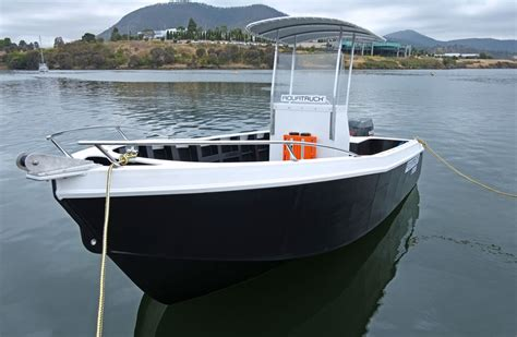 hdpe boat hull 5 5m hdpe work boat