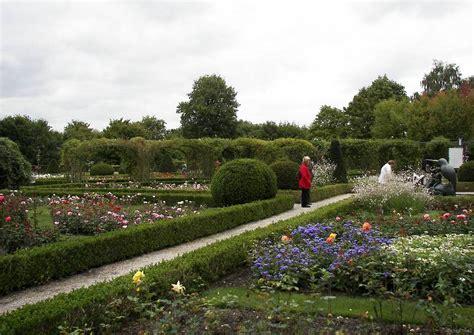Britzer Garten Rosengarten by Fotos Britzer Garten 14 Das Rosarium Im Britzer