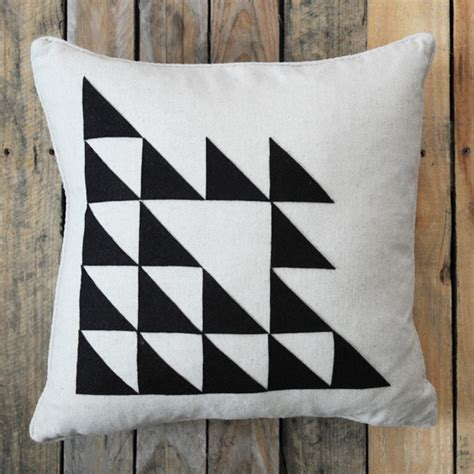 Pillow Designs by Simple Pillow Designs You Can Create And Customize Yourself