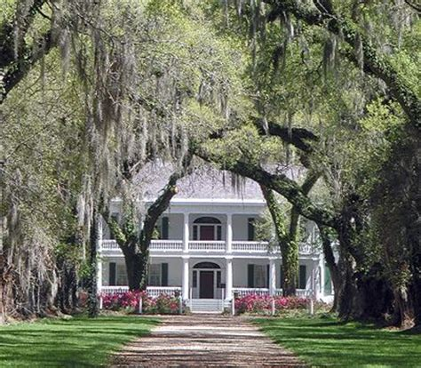 southern plantation house southern plantations bing images home a house is a