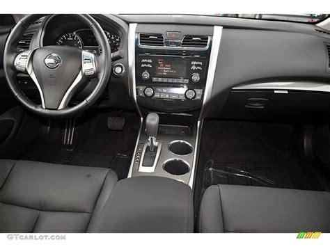 2013 Nissan Altima Interior by Charcoal Interior 2013 Nissan Altima 2 5 Sl Photo
