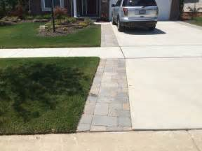 Paver Patio Edging Options Best 25 Driveway Edging Ideas On Driveway Border Cheap Landscaping Ideas For Front
