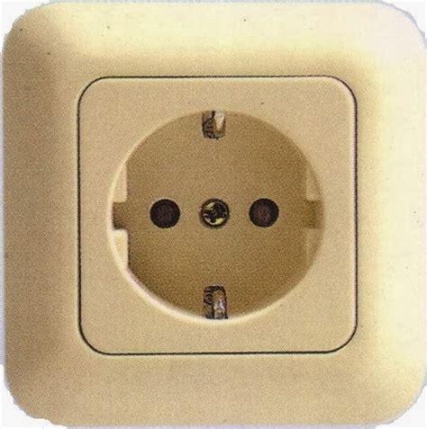 Stop Kontak 2 Lubanglu Lenka Colokan Listrik Stopkontak cara pasang kabel listrik di stop kontak instalasi listrik rumah tangga