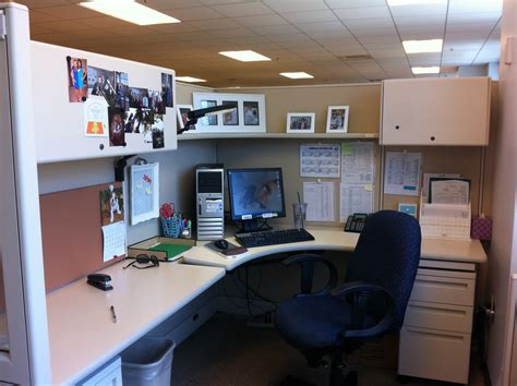 How To Decorate Your Cubicle Image HOUSE DESIGN AND OFFICE