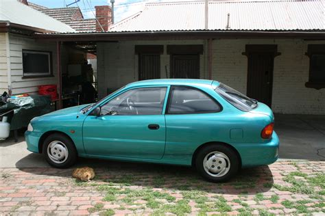 Hyundai Accent 1995 by 1995 Hyundai Accent Photos Informations Articles