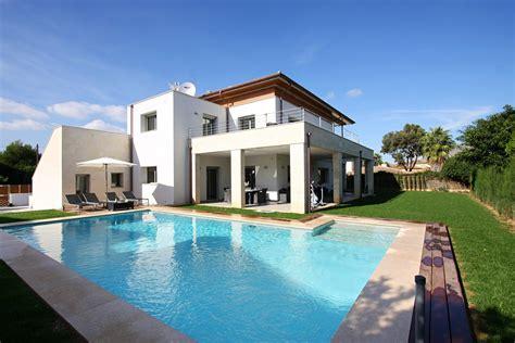 Modern Houseplans by Villa In Puerto Pollensa Casa Linda Mallorca Villas