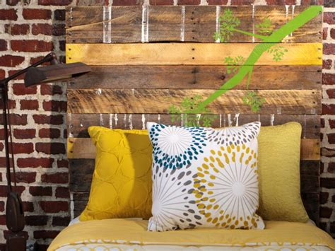 Lit Rangement 725 by Salvage Items Turned Into Bedroom Headboards Diy