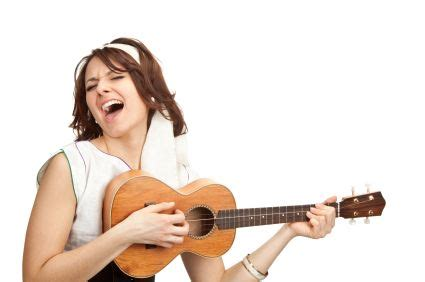 how to play tattooed heart on ukulele 17 best images about girls with ukes on pinterest