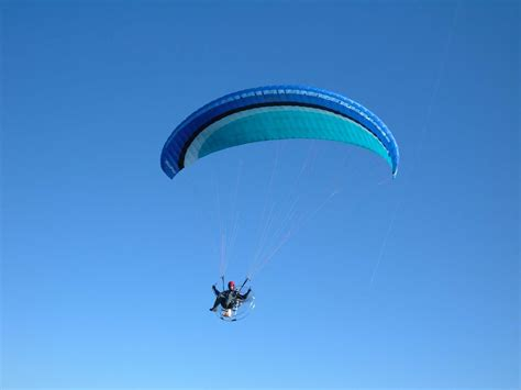 flying high living free chronicle of a sky diver books fly high in the sky