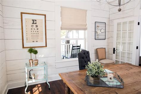 chip and joanna shiplap photos hgtv s fixer upper with chip and joanna gaines hgtv
