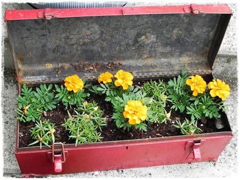 Unique Planter Box Ideas by 11 Best Images About Unique And Novel Planter Ideas On