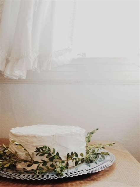 Small Wedding Cakes for Intimate Ceremonies » Elopements
