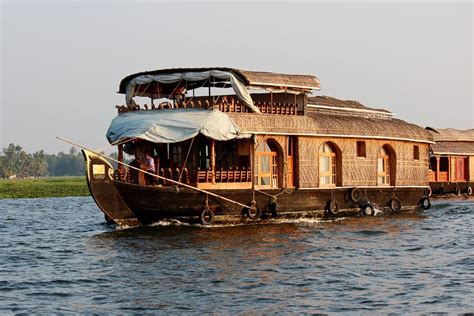 kerala house boats stock pictures kerala houseboats