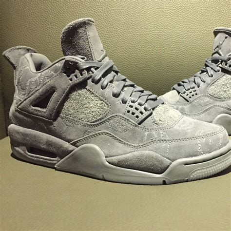 Air 4 Cool Grey Price by Kaws Air 4 Cool Grey Suede 930155 003 Sneaker Bar Detroit