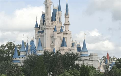 save on flights to orlando and green vacation deals