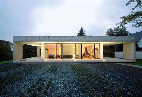 umbau bungalow radikaler umbau haus 60er sanierung und renovierung
