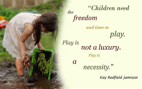 children   play     luxury fun  games