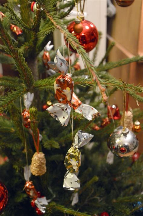 traditional wooden christmas tree decorations christmas