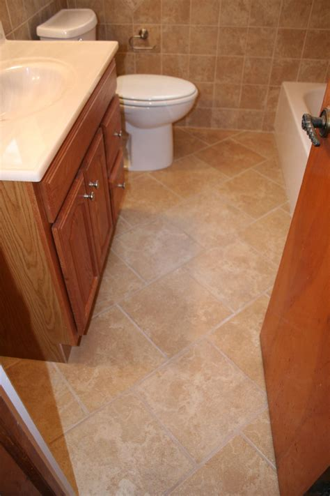 bathroom floor tiles sizes 100 bathroom floor tiles sizes bathroom wooden look tile floor for tile
